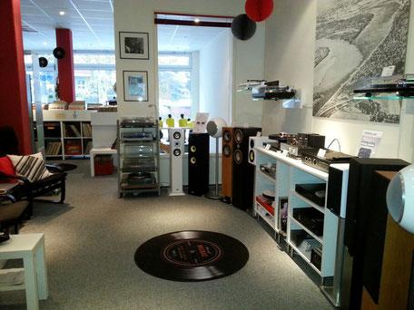 Hifi, Hifi-Studio, Audio, Kaufberatung, Plattenspieler, Verstärker, Vorverstärker, Röhrenverstärker, Lautsprecher, High End, Phonovorverstärker